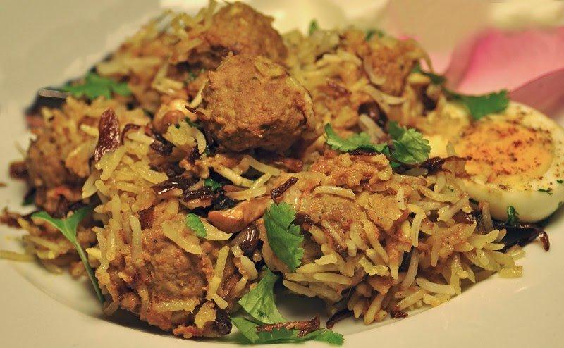 Biryani con carne di agnello, tipico piatto delle feste natalizie in India