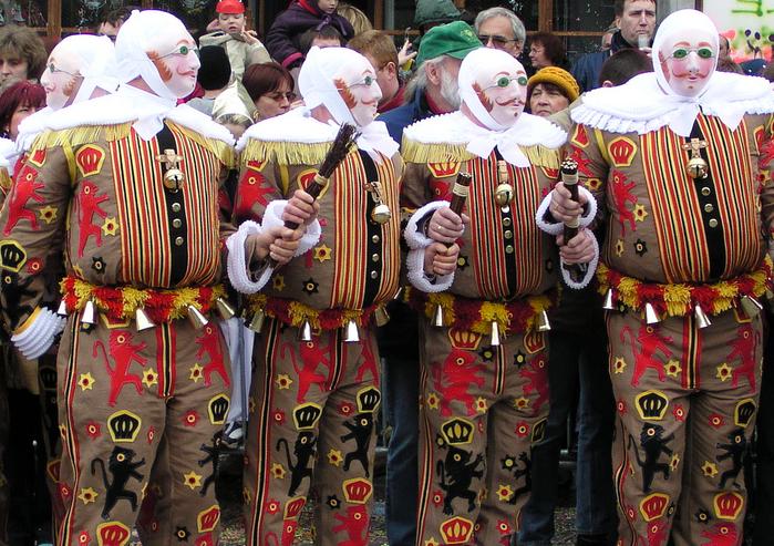 Gli Gilles al Carnevale di Binche