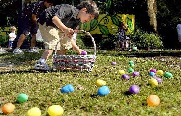 Caccia alle uova di Pasqua nel parco cittadino di New Orleans