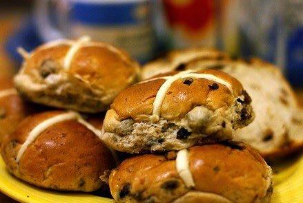 Il famoso dolce pasquale scozzese Hot Cross Bun