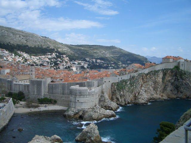 Le mura della città vecchia di Dubrovnik