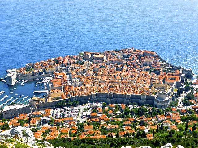 Una vista aerea della città vecchia di Dubrovnik
