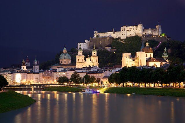 la città di Saòisburgo, in Austria