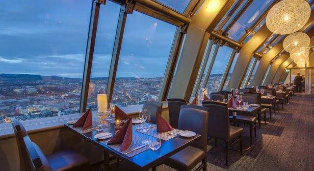 vista dal ristorante del Radisson Blu Plaza Hotel