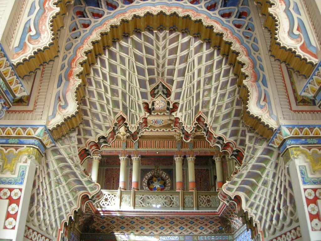 La Sala dei Gigli, una delle più belle aree del Castello di Sammezzano