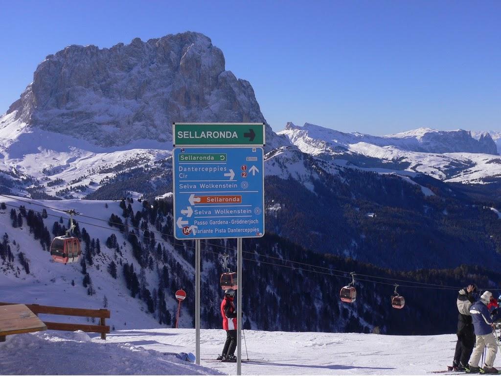 Il circuito della Sellaronda, ideale per chi ama sciare immerso in un paesaggio da favola