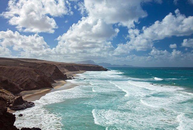 Canarie a gennaio: vista su spiaggia di Tenerife