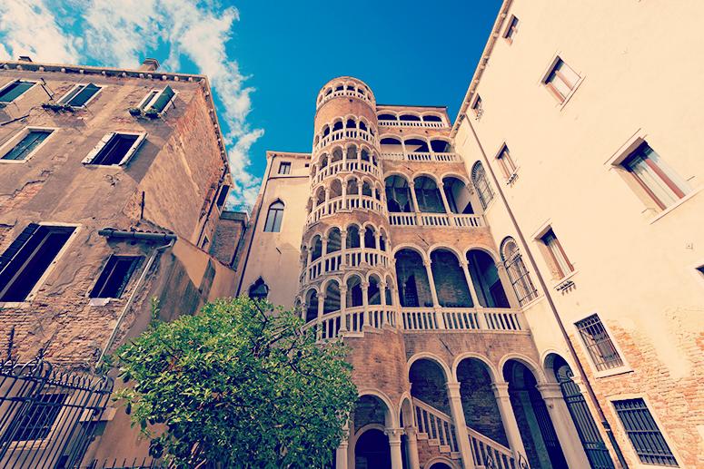La Scala Contarini del Bovolo, uno dei monumenti più bizzarri di Venezia