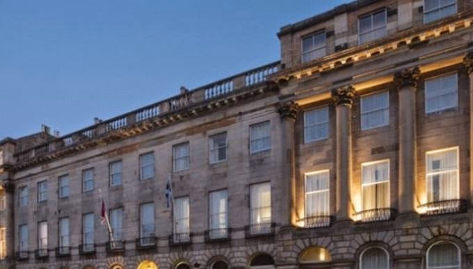 L'Hotel Crowne Plaza a Edinburgo