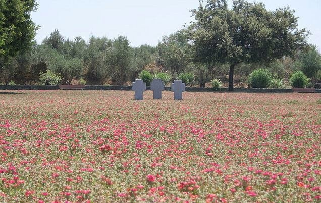 Il Cimitero Tedesco a Maleme, Chia, Creta