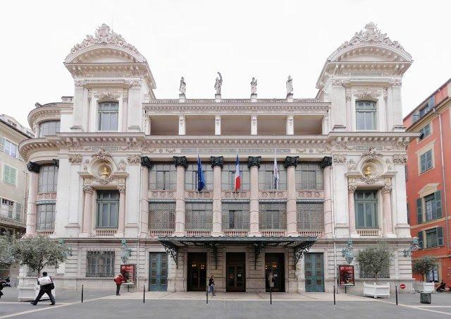 L'Opera è sicuramente tra le cose da vedere a Nizza, nella città vecchia