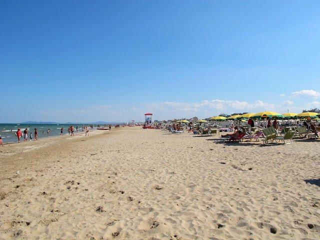 Una rinomata spiaggia della Riviera Romagnola