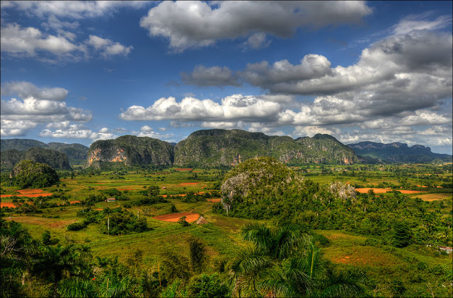 vista sulla valle vinales, cuba