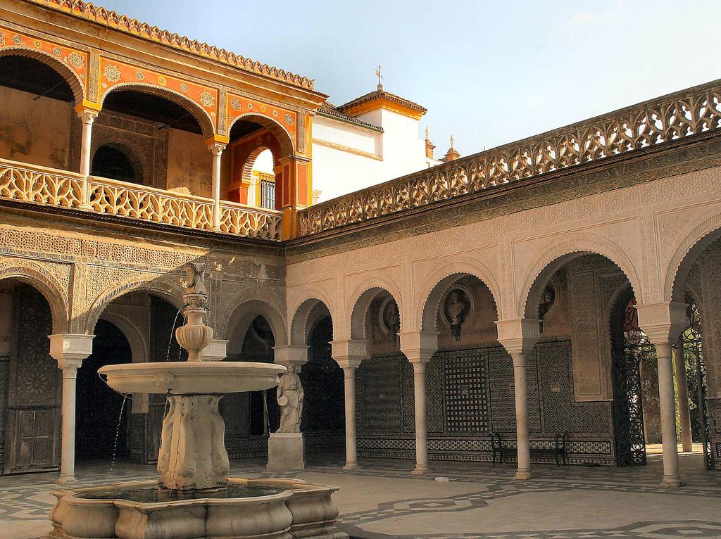 Porticato della Casa de Pilatos, Siviglia