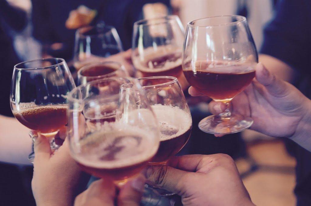 brindisi al Czech Beer Festival a Praga, Repubblica Ceca