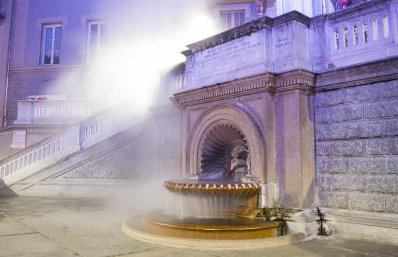 Fontana in piazza della Bollente ad Acqui Terme, provincia di Alessandria, Piemonte