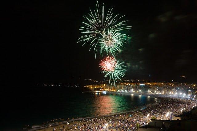 Spettacolo di fuochi d'artificio alle Canarie