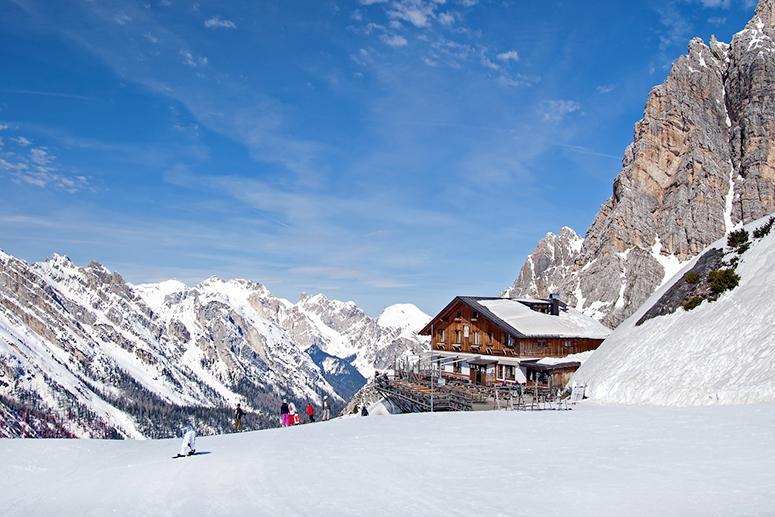 Andare a sciare a Cortina d'Ampezzo, sulle Dolomiti del Veneto