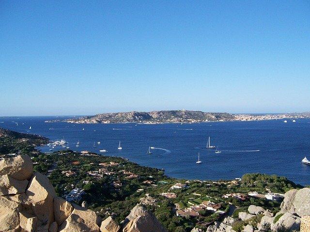 La Maddalena nell'omonimo arcipelago, Sardegna, Mar Tirreno