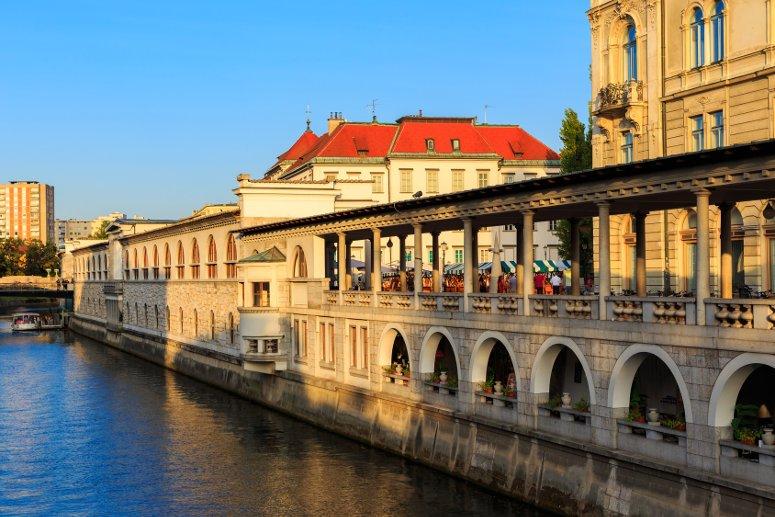 Tra le cose da vedere a Lubiana c'è senza dubbio il mercato cittadino.
