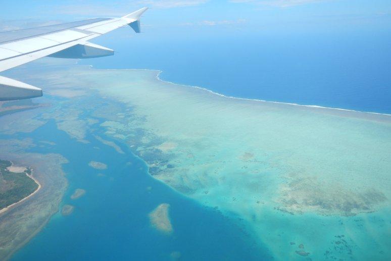 In volo sopra l'arcipelago delle isole Fiji.