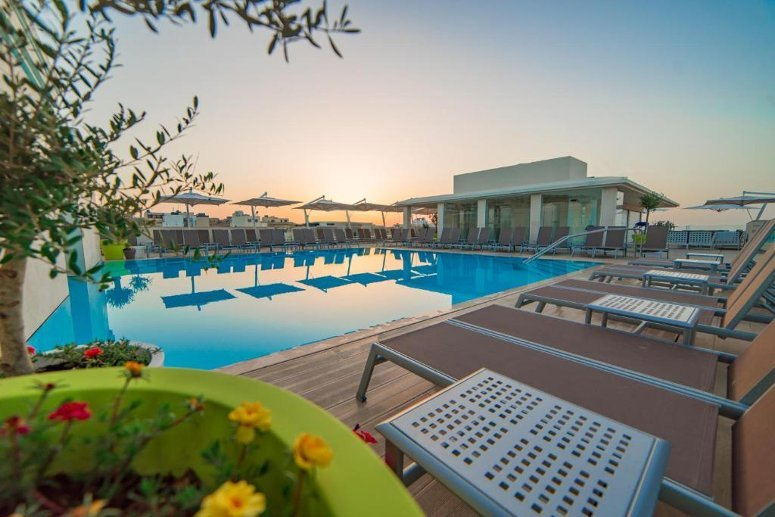 Rooftop poolRooftop poolComfort Village View RoomReceptionLa Salita SuiteThe Arches Restaurant & Wine CellarLe Spa ReceptionLe Spa Treatment Room Maritim Antonine Hotel & Spa a Malta.