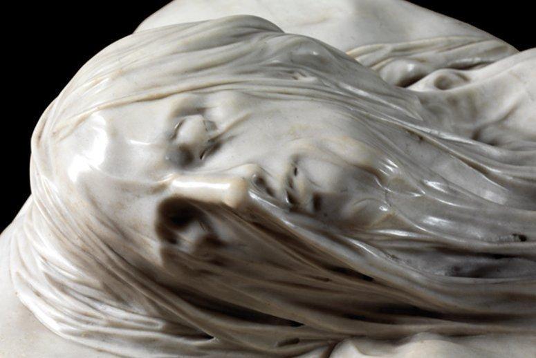 Il volto del Cristo Velato, custodito nella Cappella Sansevero a Napoli.