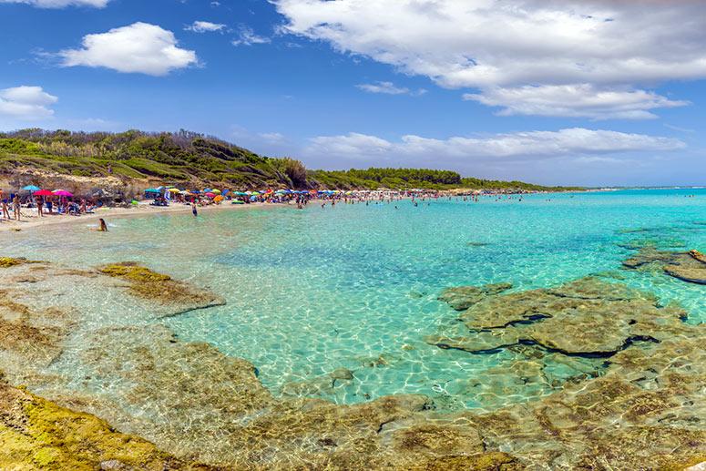 Le spiagge più belle del Salento: fatti sorprendere dal mare cristallino della Baia dei Turchi - Otranto.