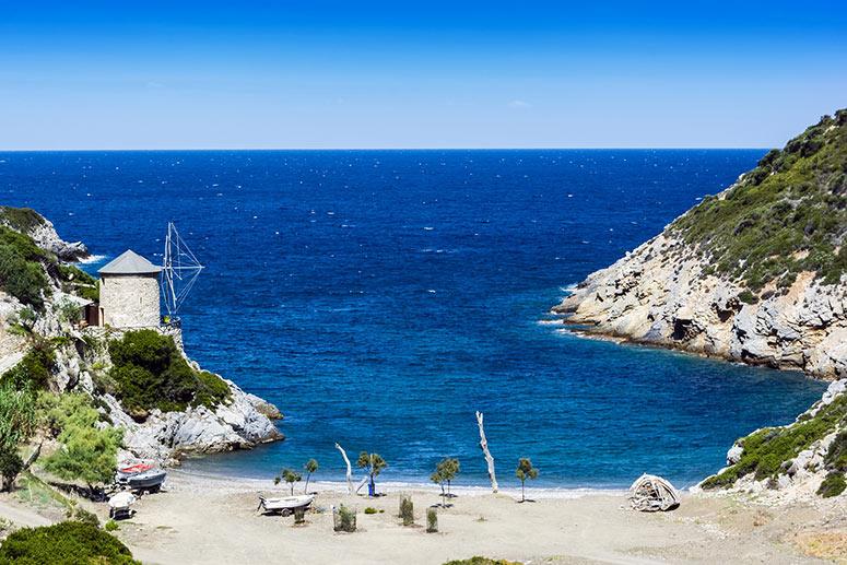 Una delle isole più belle della Grecia: Alonnisos.