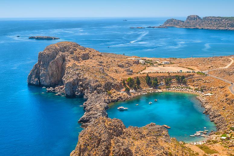Scopri l'Isola di Rodi, una delle isole più belle della Grecia.
