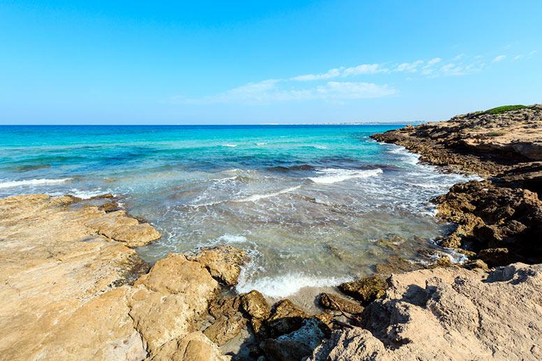 Punta della Suina, una delle spiagge più belle del Salento vicino a Gallipoli. I Caraibi dello Ionio.