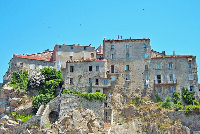 Vacanze in Corsica: Sartena, una cittadina medievale