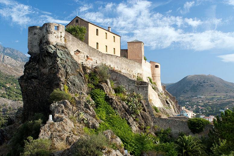 Il castello di Corte in Corsica