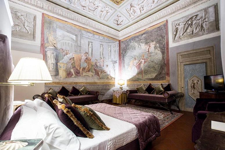 Gli hotel più infestati del mondo: Hotel Burchianti, Firenze