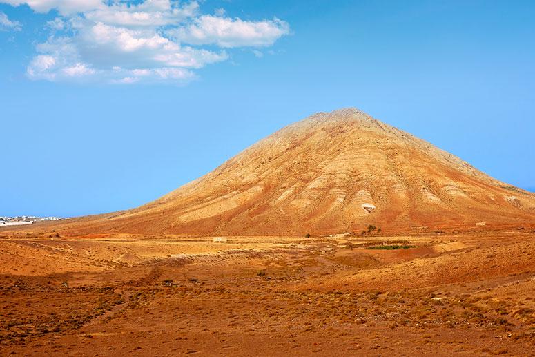 Fuerteventura cosa vedere: Escursione sul vulcano Tindaya